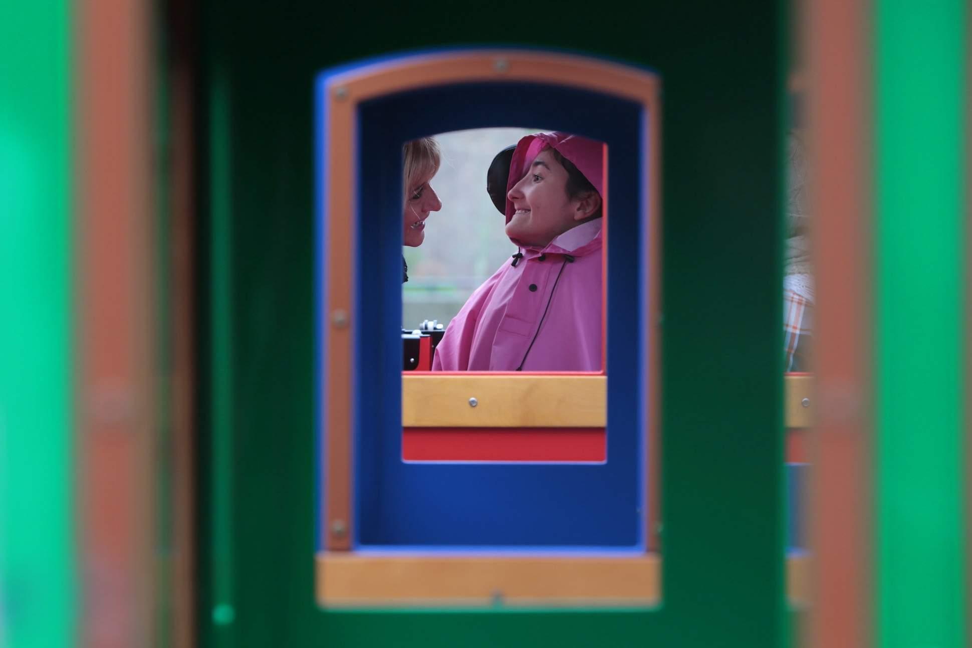 Buttonwood Park Zoo unveils wheelchair accessible train car